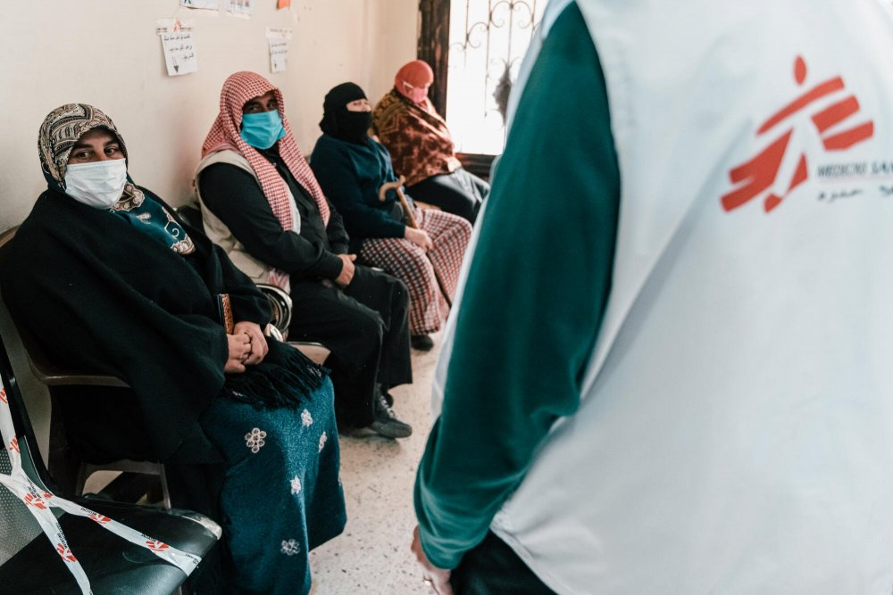 Patients in the waiting room of MSF's clinic in the Bekaa Valley, where we are witnessing an exponential increase in the number of people approaching us to access our medical services. Lebanon, December, 2020.