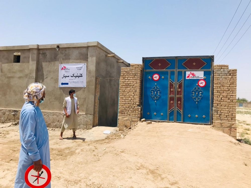 On 6 July MSF set up a temporary clinic for people displaced by heavy fighting around Kunduz city. The clinic team carried out over 3,400 consultations during the first 12 days.