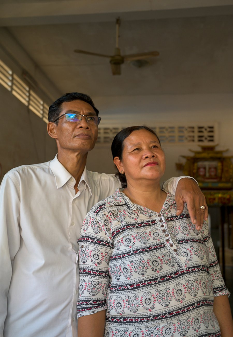 Yoeuth Yoeun (f) and Chamroeun Ros (m), Cambodian refugees in Thailand at the time, trained with MSF to become medical professionals in the Khao Dang camp in the 1980s.