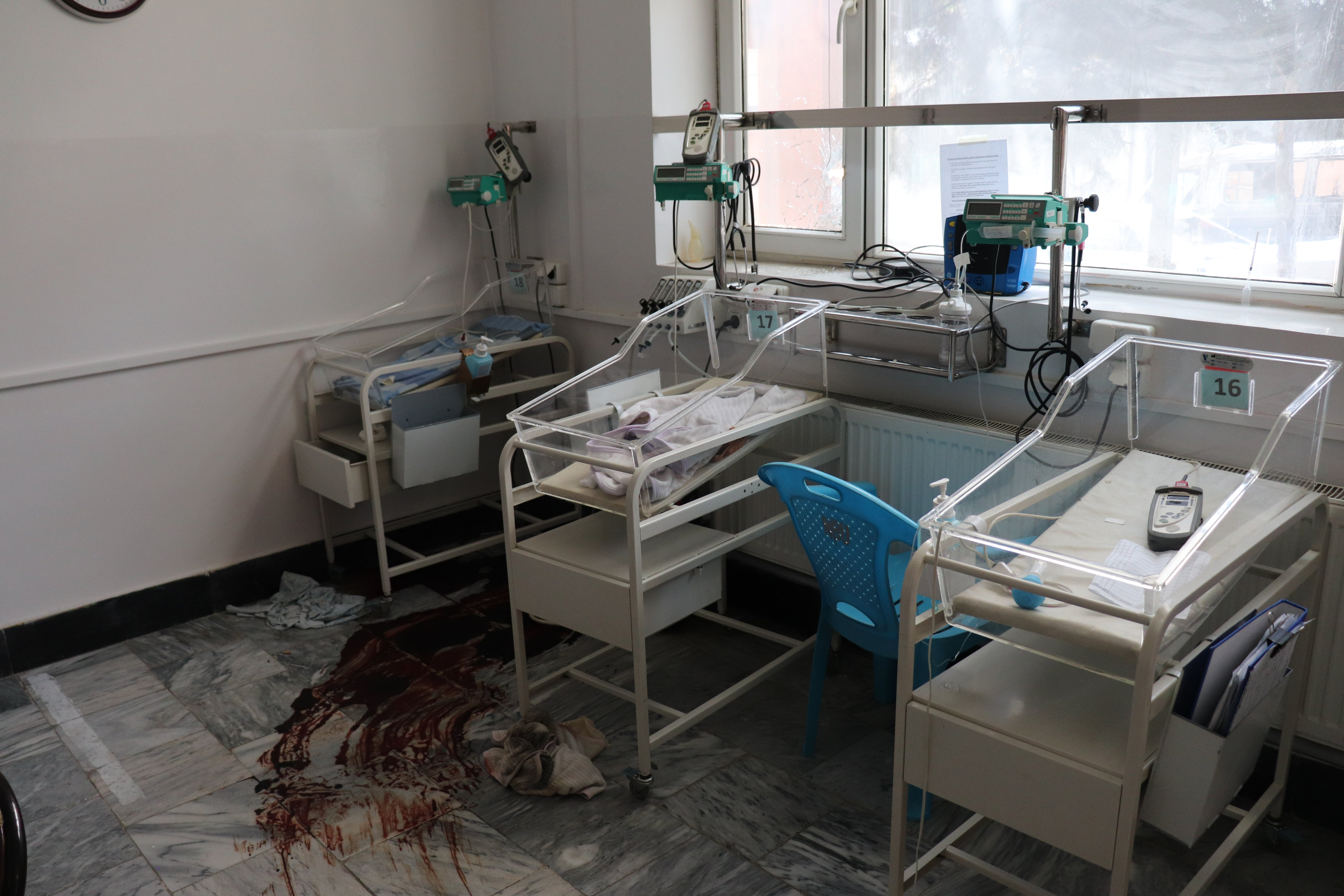 The new born unit in Dasht-e-Barchi Hospital, Kabul