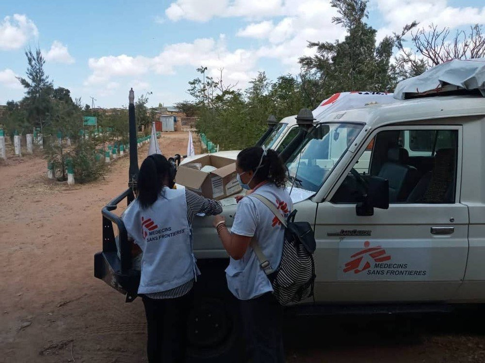 MSF staff prepare for a mobile clinic in Megab, south-west of Adigrat town, in the Tigray region of northern Ethiopia.