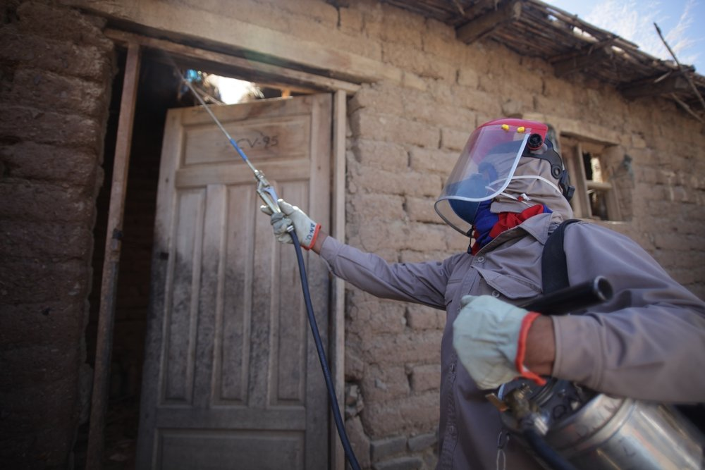 Vector control is also an important aspect of MSF´s project in Narciso Campero. Last year, hundreds of houses were fumigated in the municipalities of Omereque, Pasorapa and Aiquile in coordination with the national Chagas program.