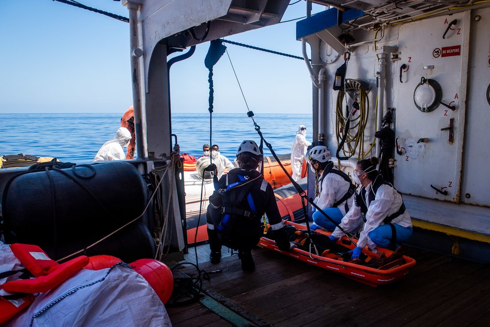 A teenage boy was evacuated from SeaWatch4 for fuel burns, caused by exposure to gasoline & salt water in the boat he was rescued from 2 days ago. MSF stabilised the patient, but the severity of his condition exceeded capacity of emergency facilities on b