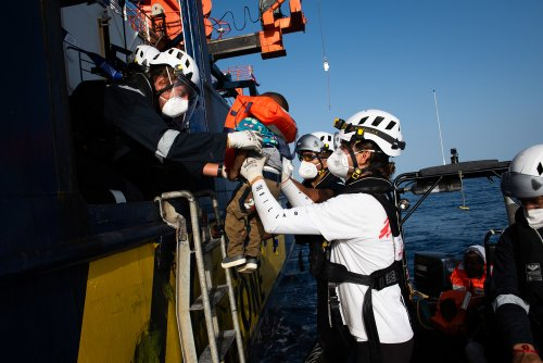 Securing lives at risk at sea, rescue crew distributed life vests, before bringing everyone safely on board. All survivors were triaged by MSF medics and assisted by the Sea-Watch protection team upon embarkation.
