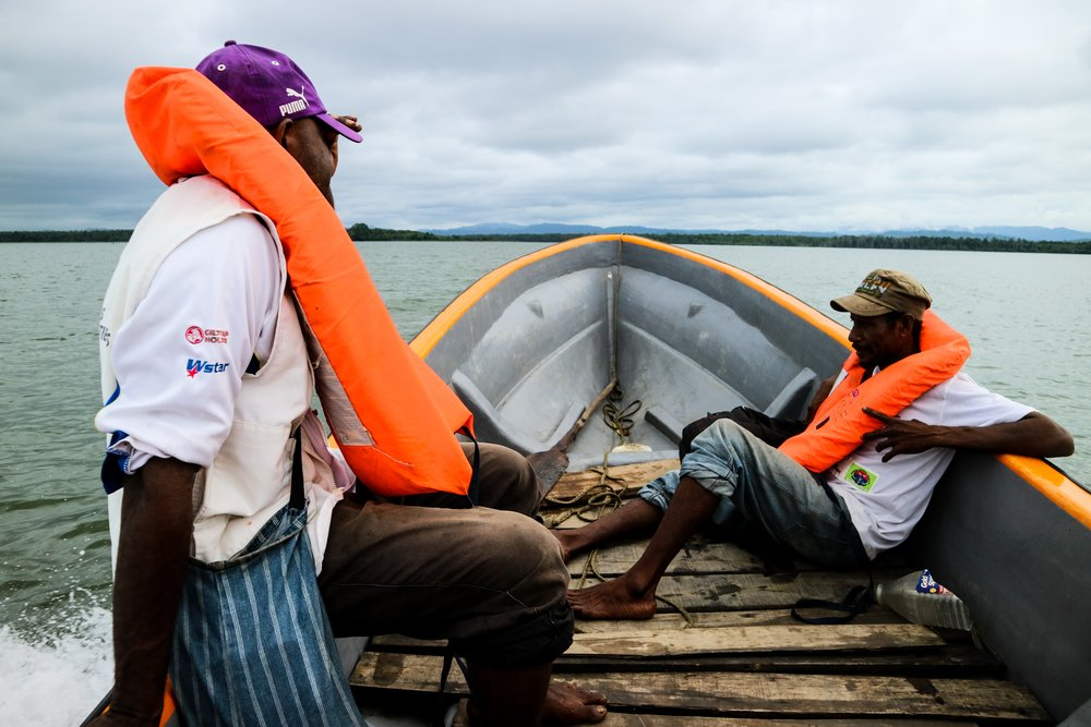 Many villages are only accessible by boat, making it hard for local patients to reach health centres. Outreach nurses and treatment supporters use a boat to visit the village of Mei'i outside Kerema.