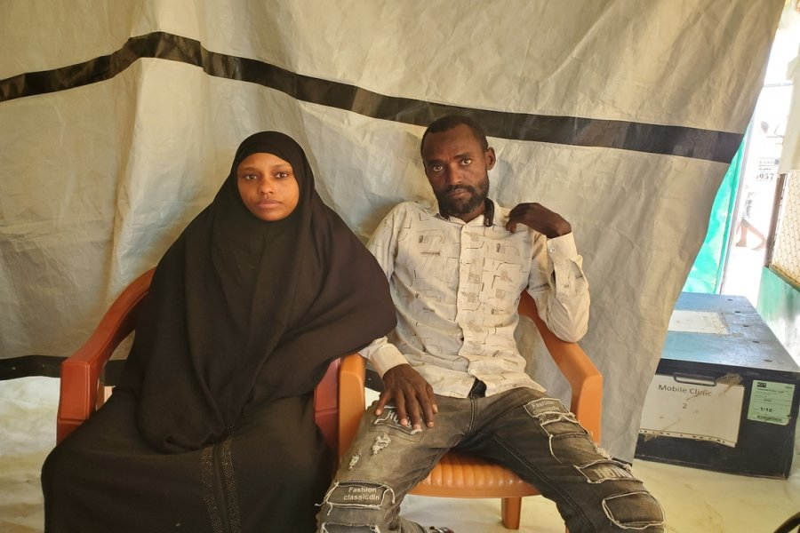 Eman Muhammad and her husband, Hussein Othman, are from Ethiopia and have two children. They came from Ethiopia to Yemen three years ago to look for work, and after a while, when living conditions did not improve, they came to stay with friends in Marib