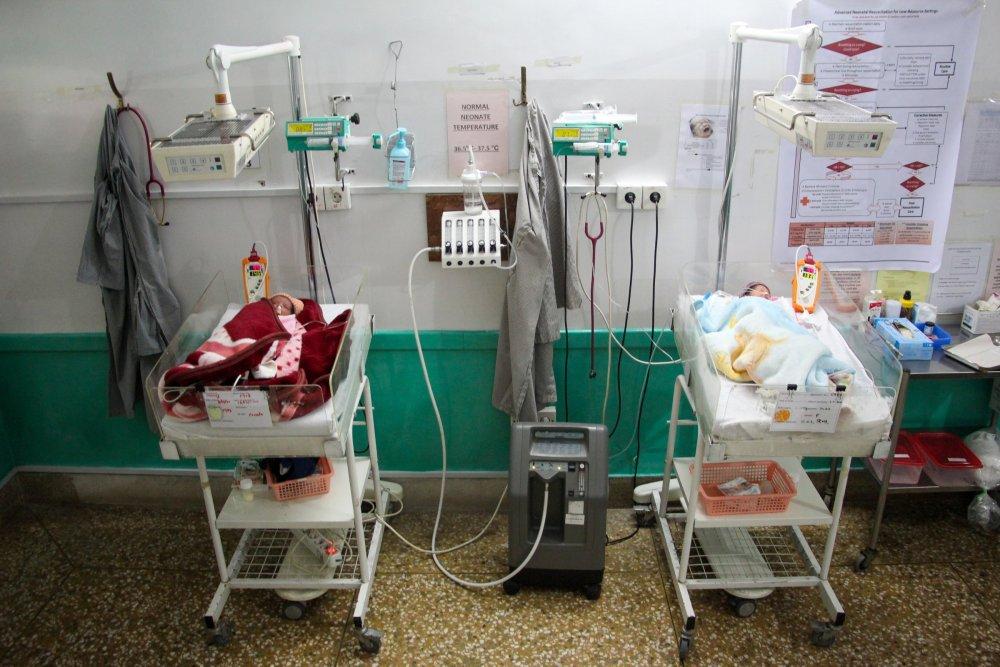 The newborn unit inside the MSF Woman's hospital in Peshawar, Pakistan
