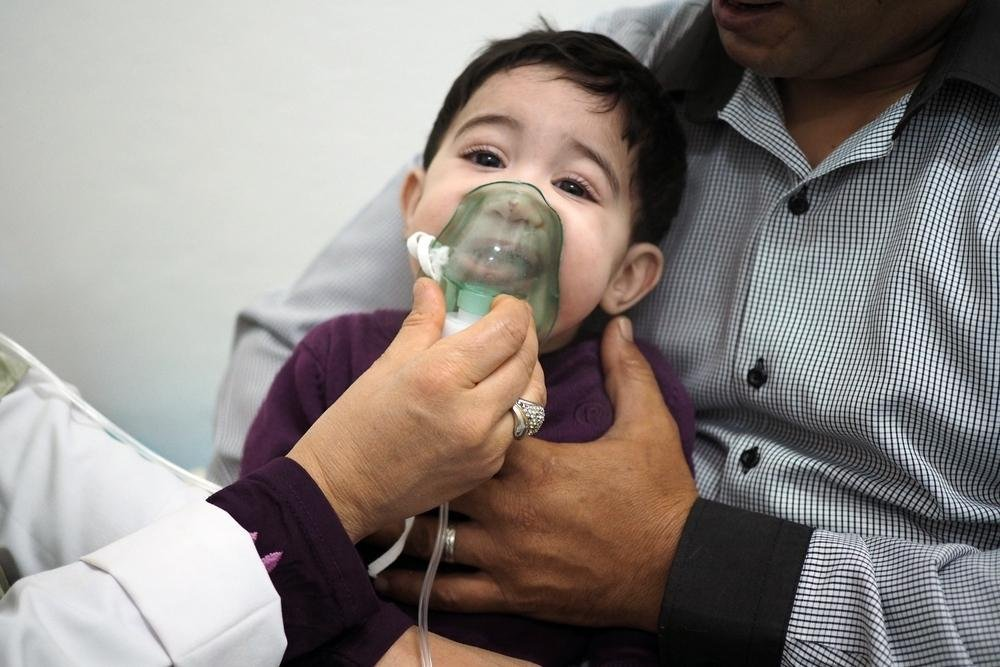 At a clinic in Libya, nine-month-old Sefaw is treated for breathing difficulties © Samuel Gratacap.